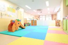 子育て支援センター 保育室